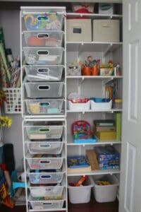 5 awesome tips for playroom organization from a child psychologist. Don't miss the closet and the wall storage ideas! Awesome Ikea hacks!