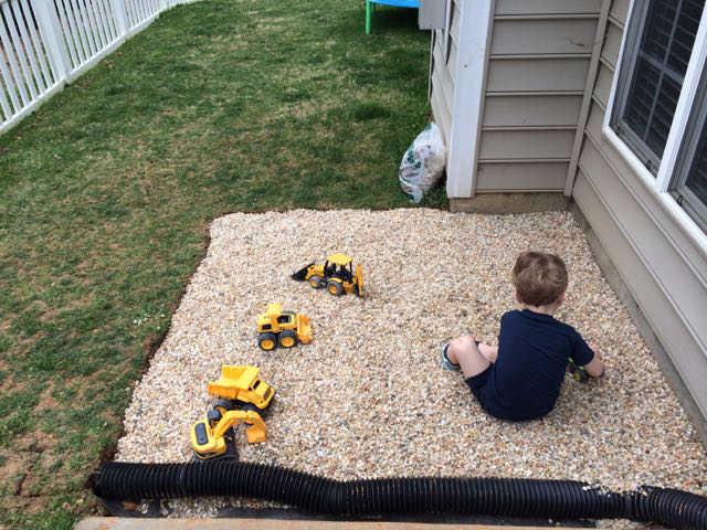 Sandbox Ideas - Pea gravel for drainage