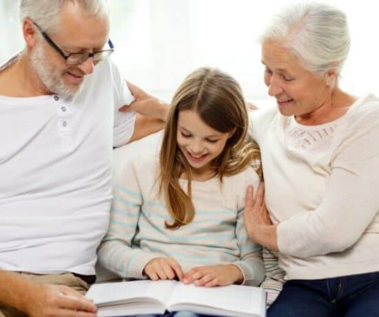 Why you should read to your older child too