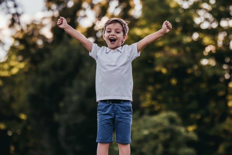 5 tips to raise a child who believes in themselves